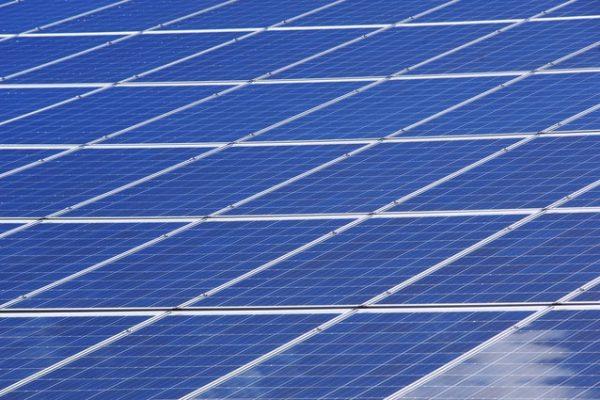 Comment choisir le meilleur kit de motorisation solaire pour son portail?