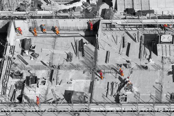 Les facteurs à prendre en compte pour la palissade de votre chantier